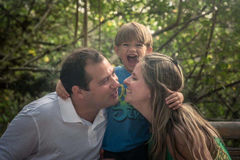 FamiliaMattosMendes-emBuzios_1LM0287tb.jpg