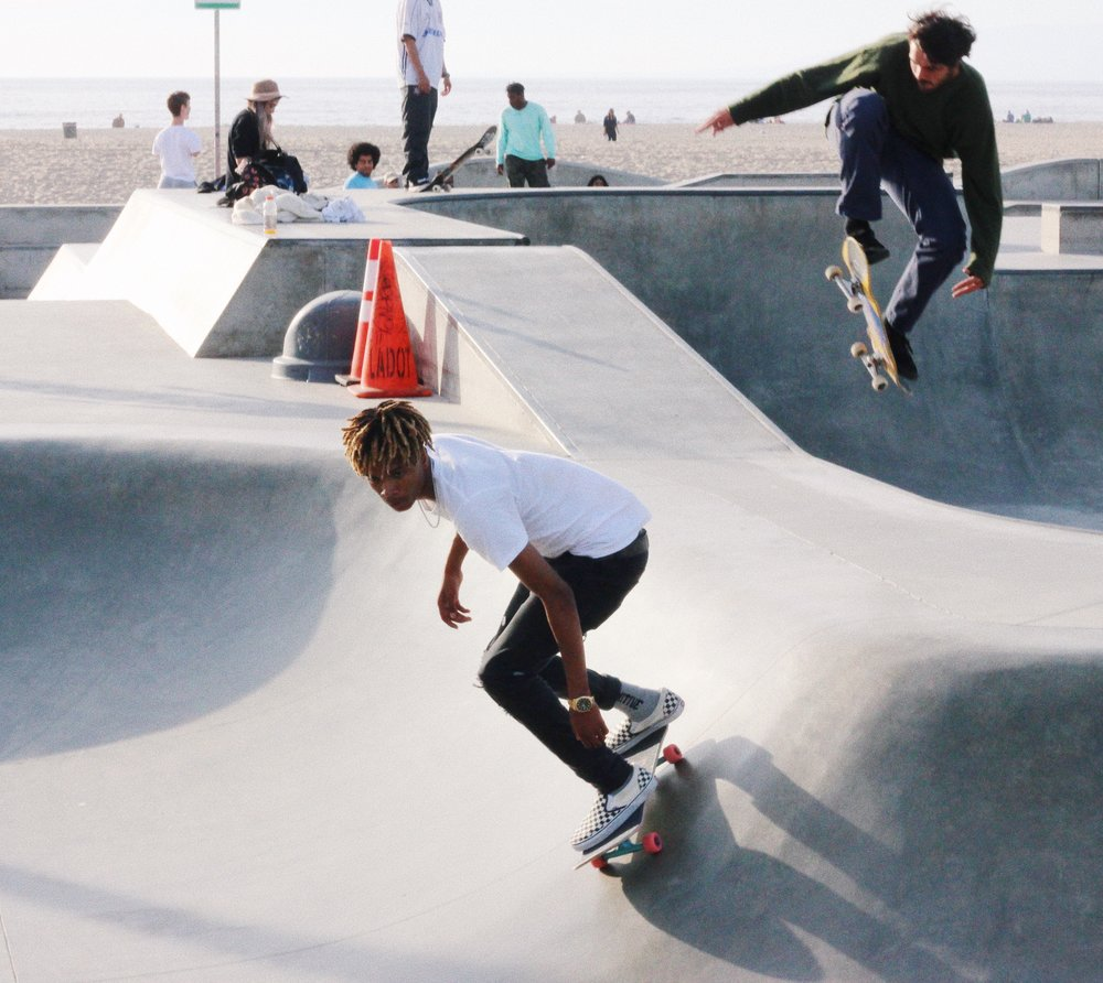 sustainable traveling | venice skaters