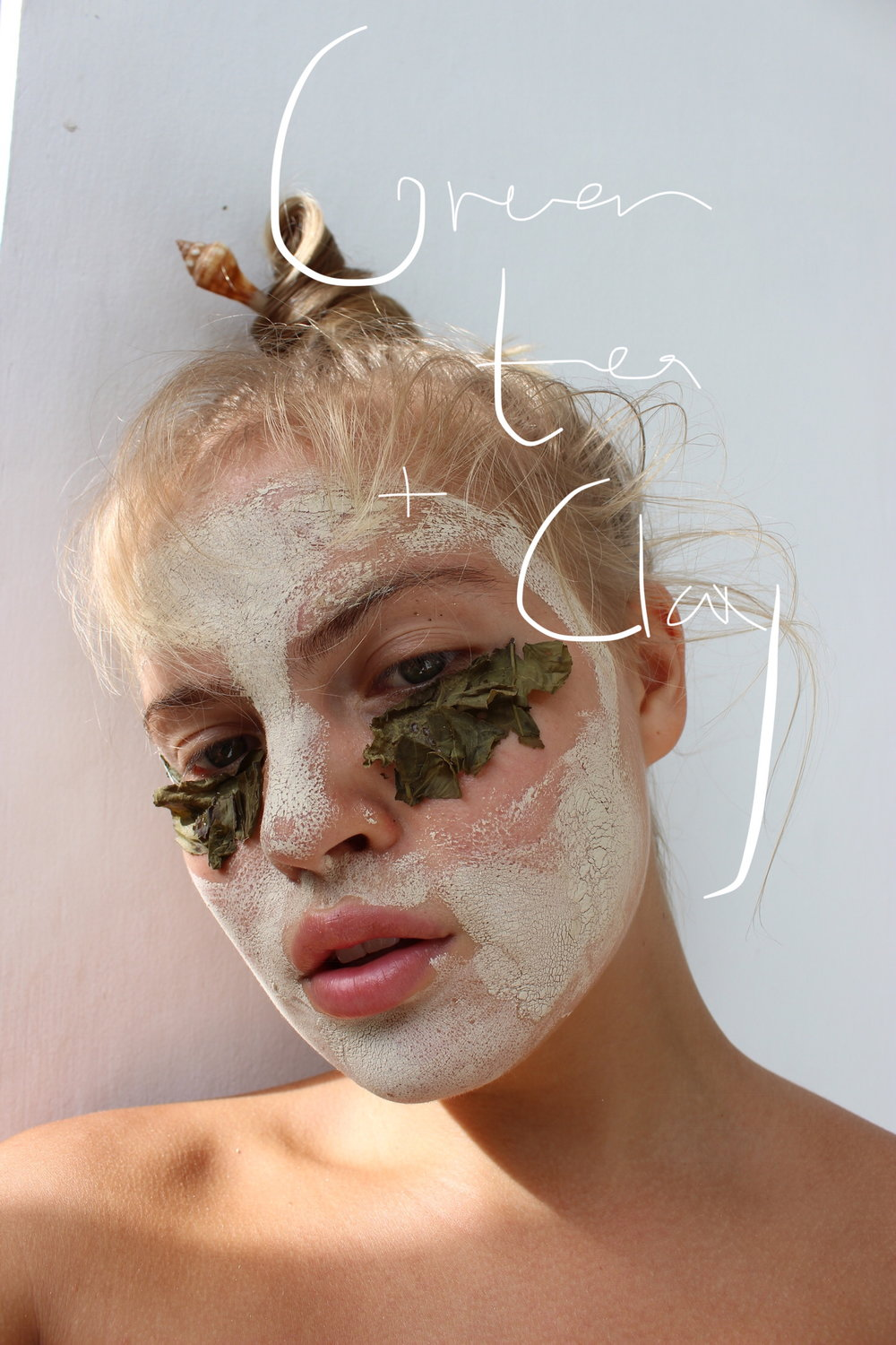 DIY green tea and clay mask