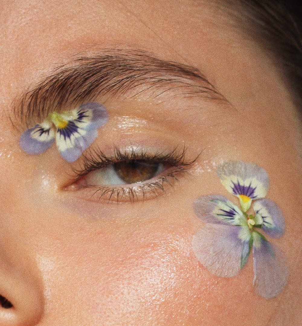 flower makeup - natural