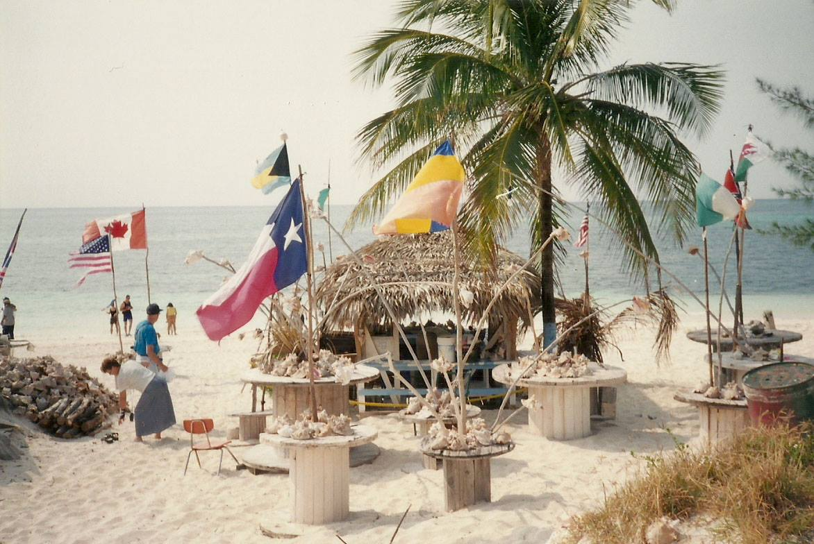 The way we were... a hut on Taino Beach. (Photo: Leigh Termath)