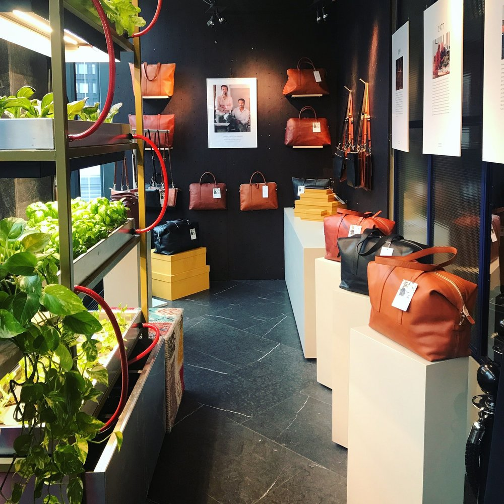 Oct 11, 2018.    Sandlund Hossain   Our dear partners S/H are hosting a popup store at Hobo. An unique opportunity to touch & feel the bags IRL 🧡 Go check it out!