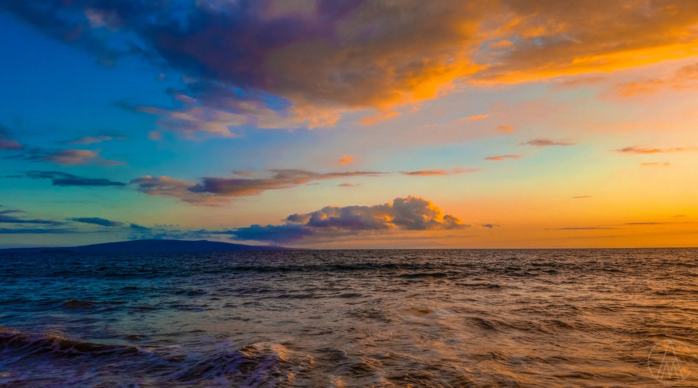 MauiHawaii_CoastColorfulSunsetBeach_FACEBOOK.jpg