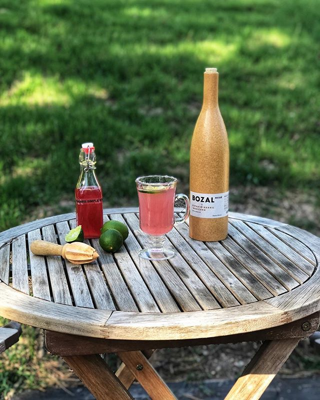 Weekend getaway at Lake Gregory. Made some rhubarb simple syrup before leaving this morning and turned it into a Rhubarb Lime Margarita with a Himalayan pink salt rim. 🍹