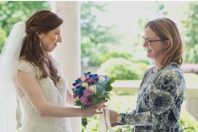 Your Wedding|Tell me about your wedding story|Lavender Blue Floral|Wedding florist Des Moines