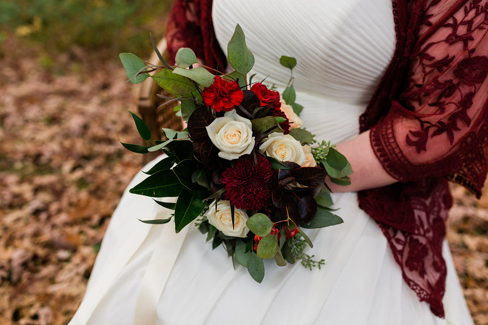 affordable and kind wedding florists in Des MOines Iowa