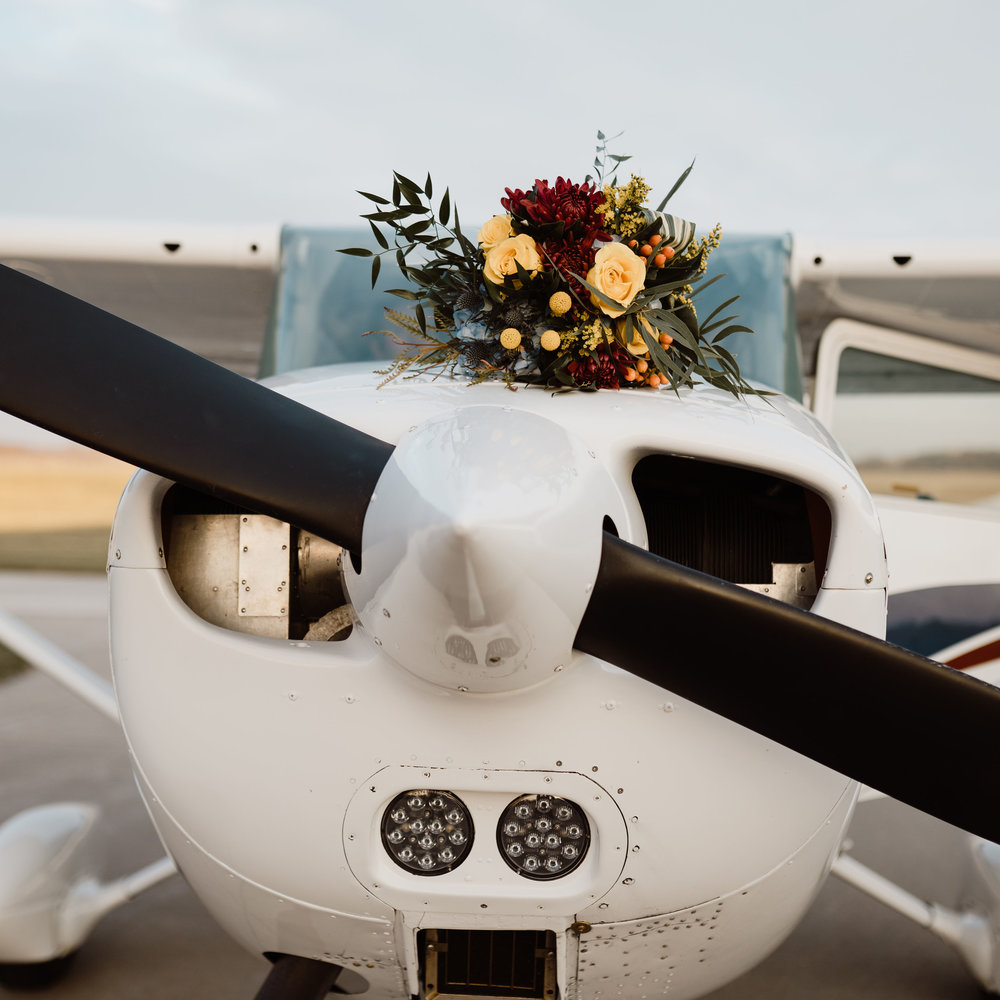 airport-wedding-ankeny-iowa-photography-17.jpg