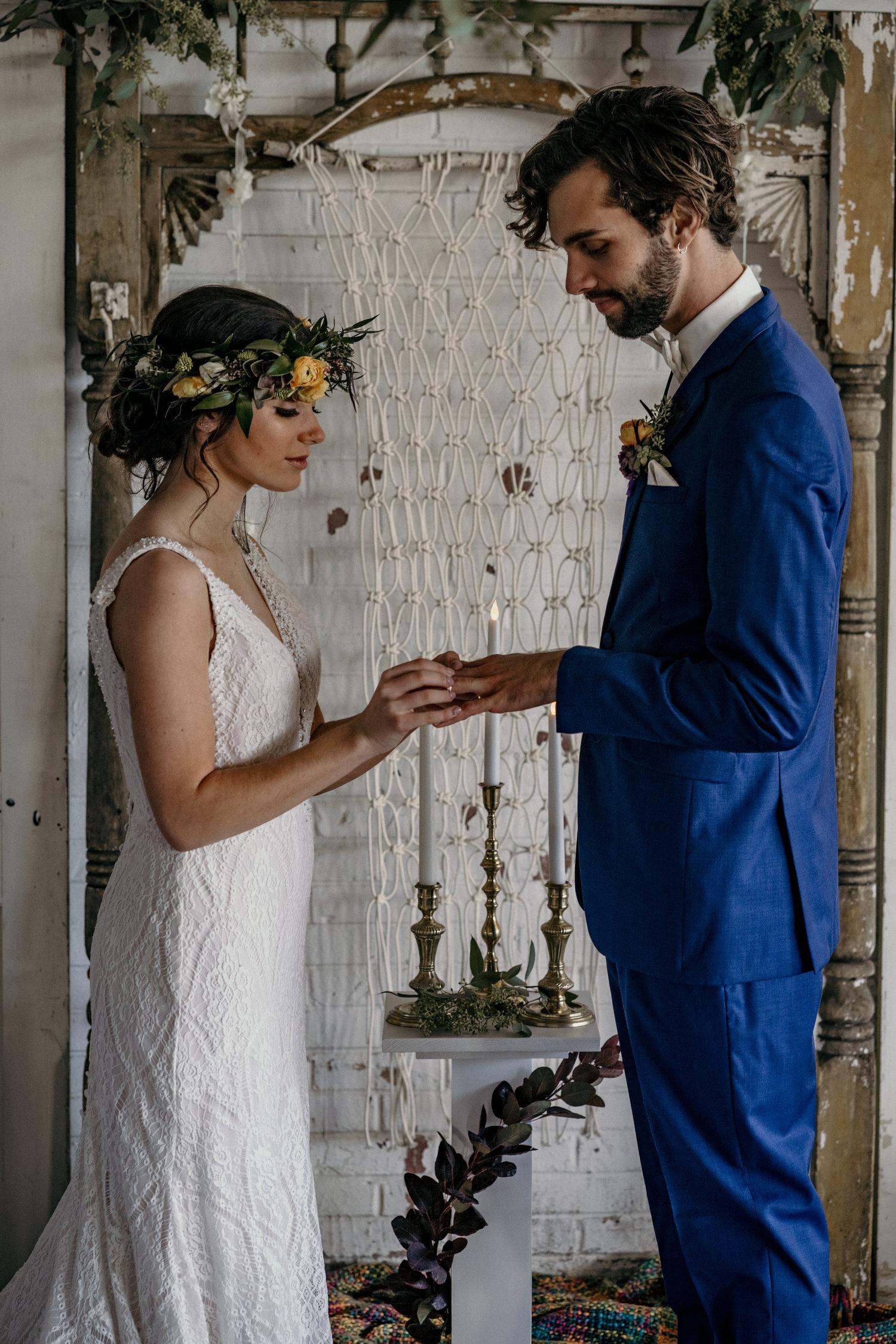 Boho-weddings-iowa-des moines-wedding-florist-desmoines-wedding-flowers-wedding-flower-crowns