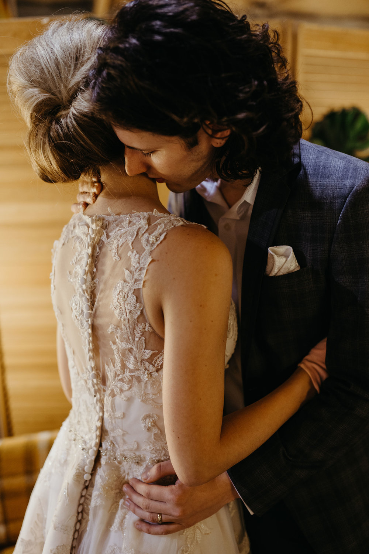 midcentury-wedding-desmoines-iowa-raelyn-ramey-photography-47.jpg