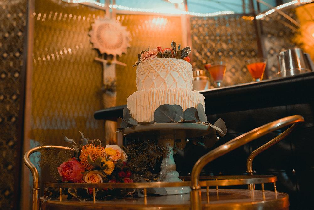 midcentury-wedding-desmoines-iowa-raelyn-ramey-photography-63.jpg