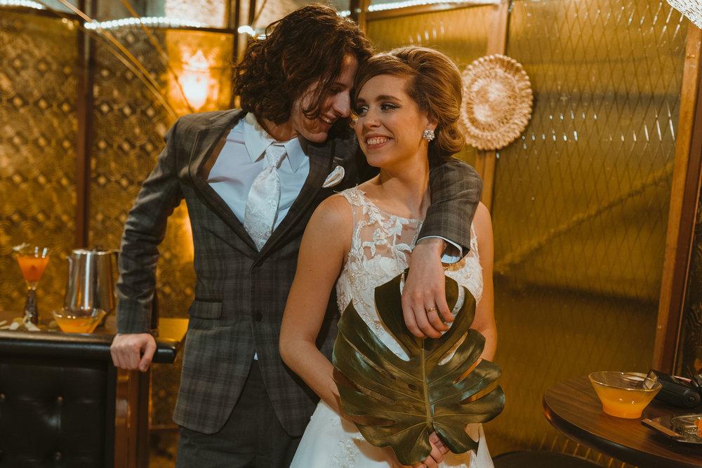 midcentury-wedding-desmoines-iowa-raelyn-ramey-photography-75.jpg
