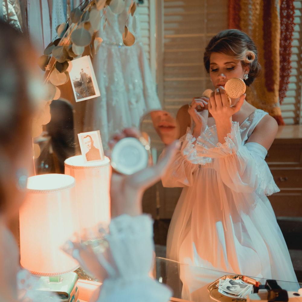 midcentury-wedding-desmoines-iowa-raelyn-ramey-photography-88.jpg