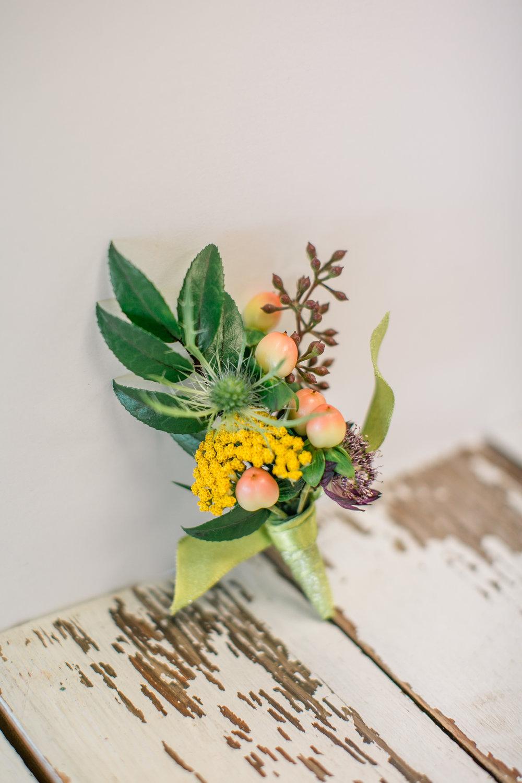 LAV-BLUE-des-moines-prom-flowers-15.jpg