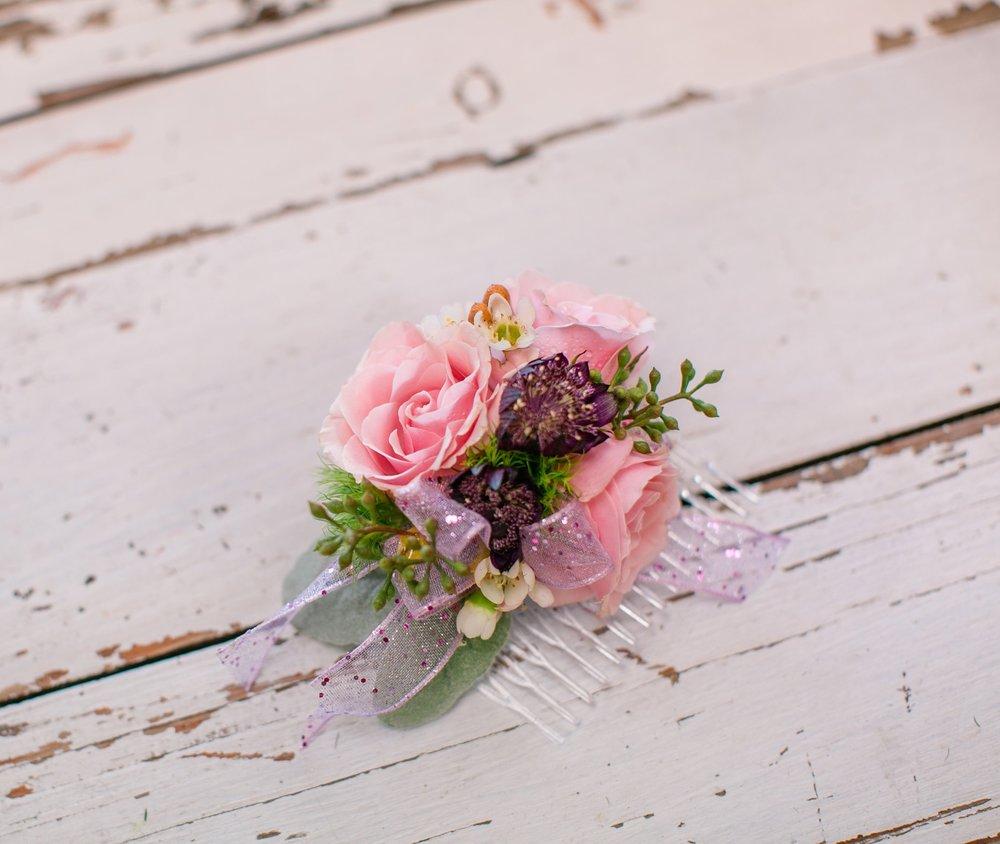 LAV-BLUE-des-moines-prom-flowers-30.jpg