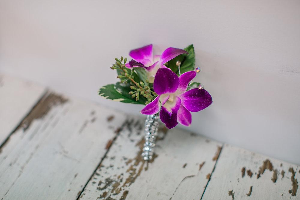prom boutonniere west des moines florist 2019 prom flower ideas