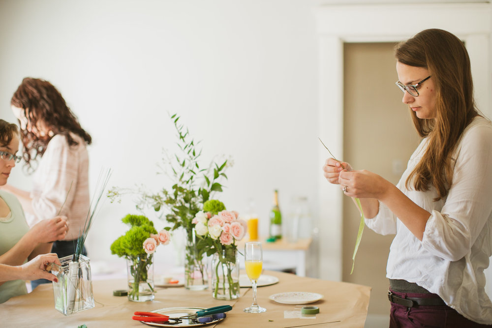 how to make flower crown party for brides west des moines florist iowa