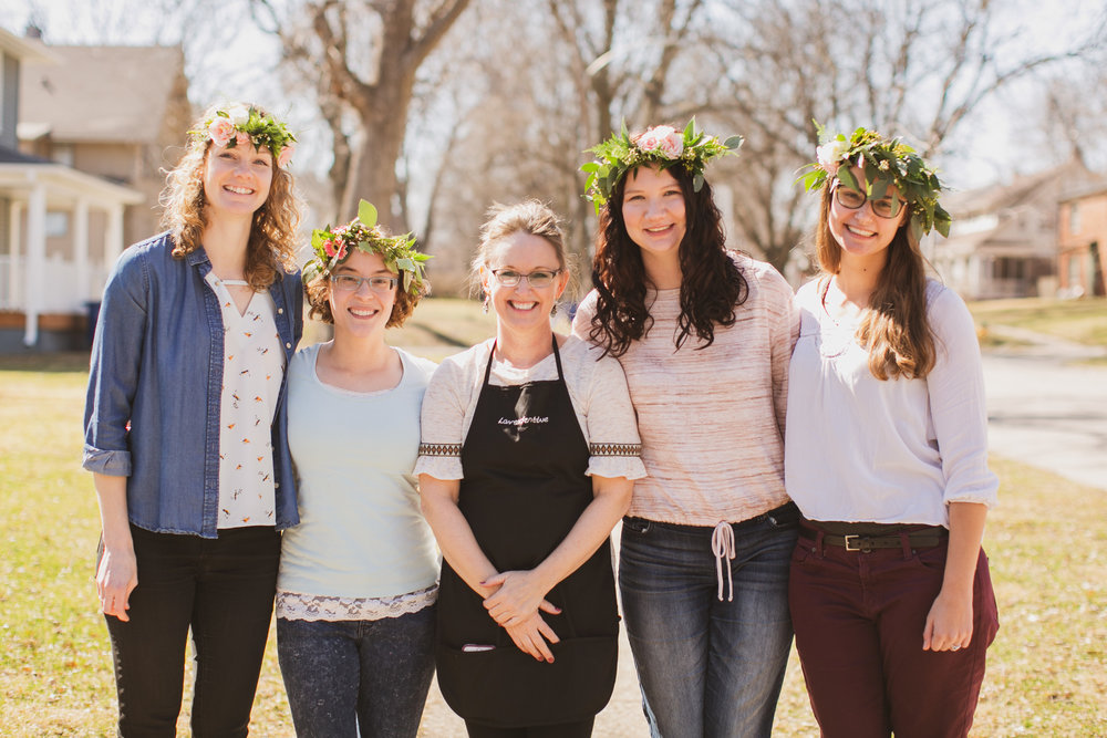 lynda and girls from flower crown workshop