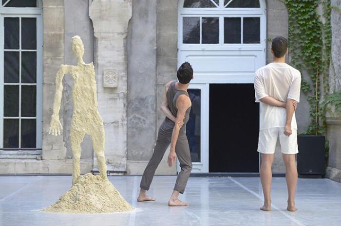 """""""CURTAIN,"""" Festival d'Avignon © Pascal Gely, SACD, 2012."""