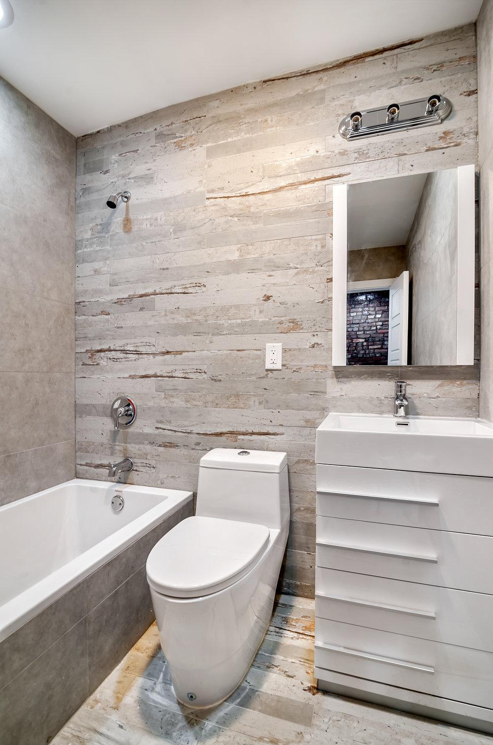 629A Madison Street unit 3 bathroom.jpg