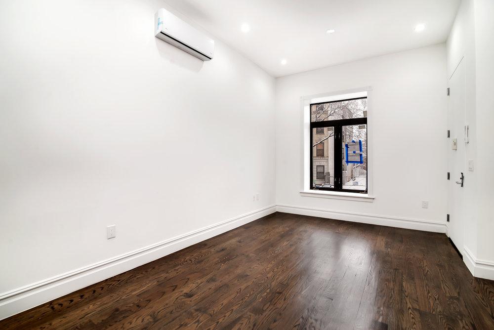 629A Madison Street livingroom unit 2.jpg