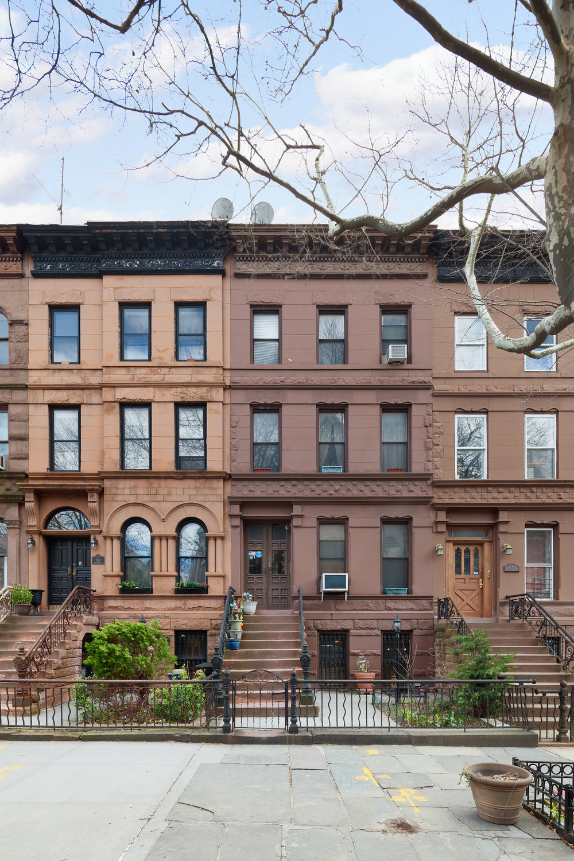 156 Macdonough Street Facade.jpg