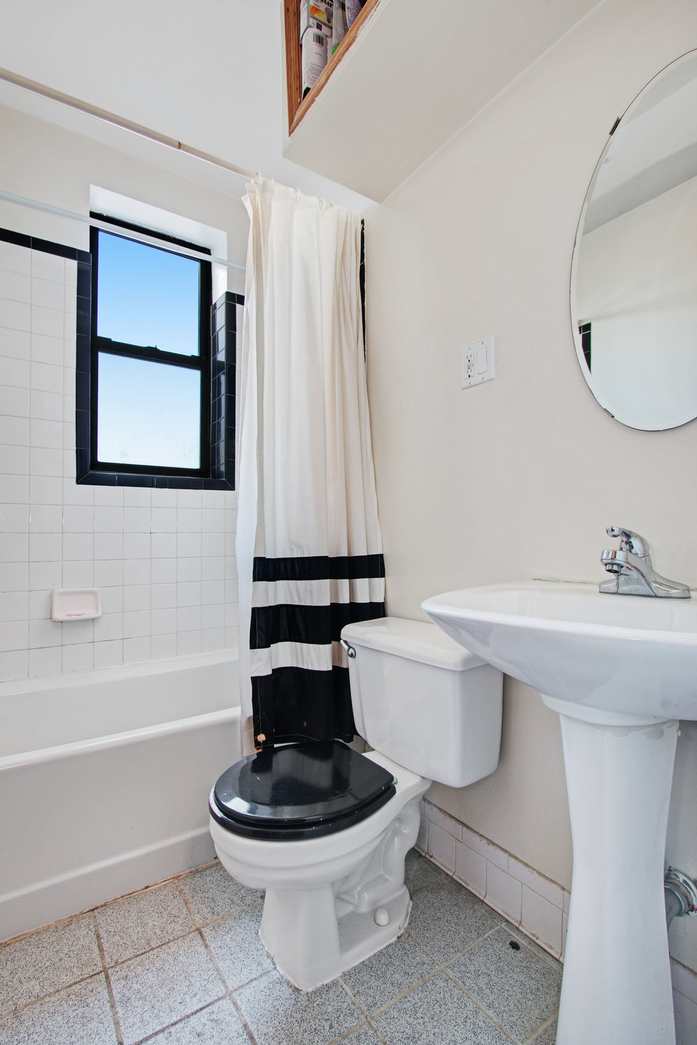 110 Cambridge Place Bathroom.jpg
