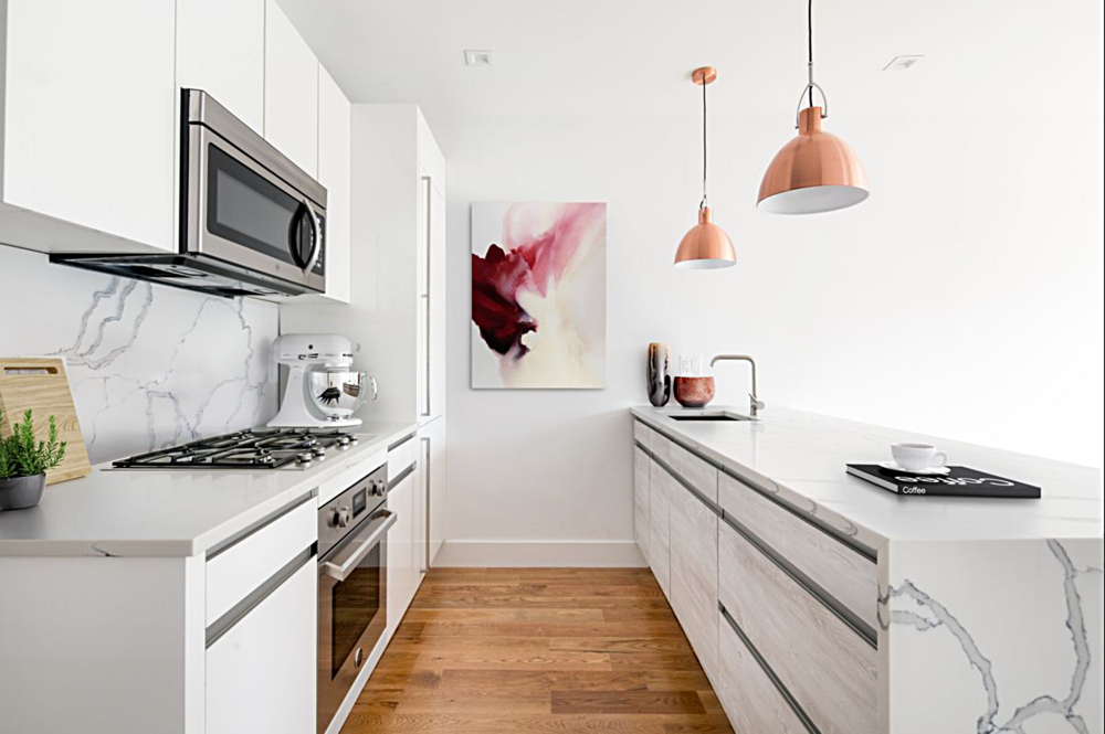 $1,240,000  2.0 BD | 2.5 BA | 1,116 SF  Williamsburg  89 Montrose Avenue