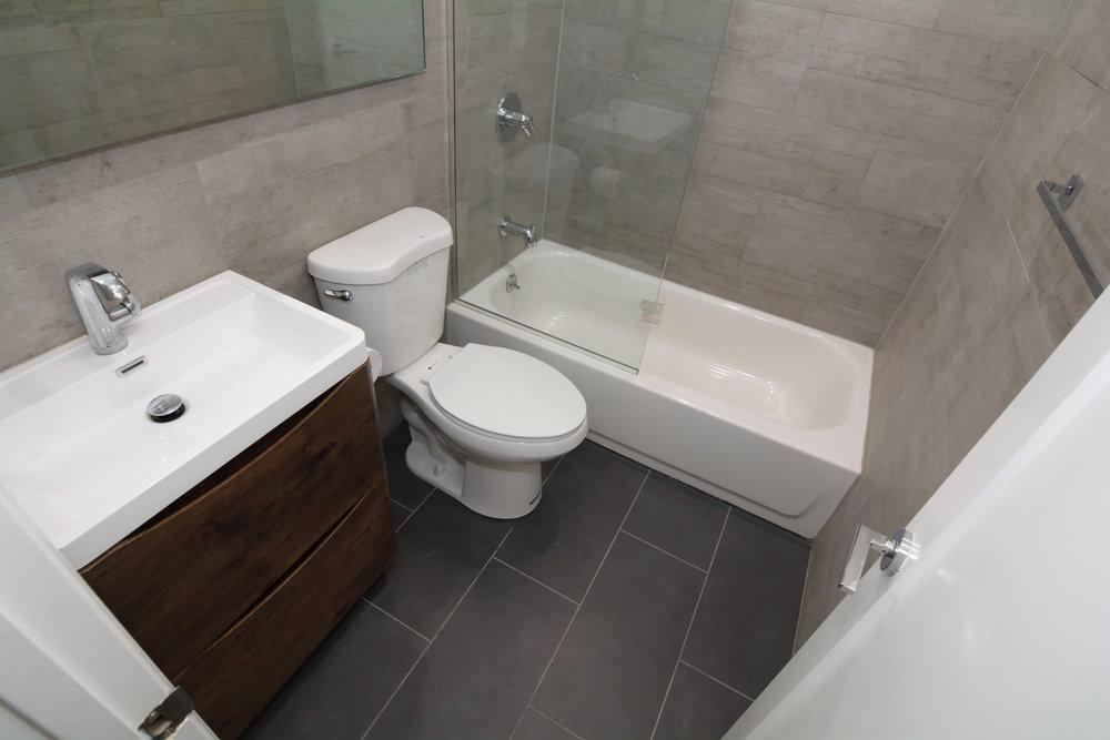 171 Adelphi Street Second Bathroom .JPG