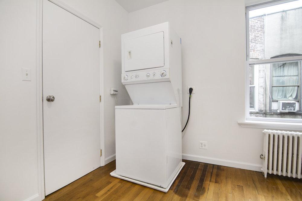 1286 Halsey Street Washer Dryer.jpg