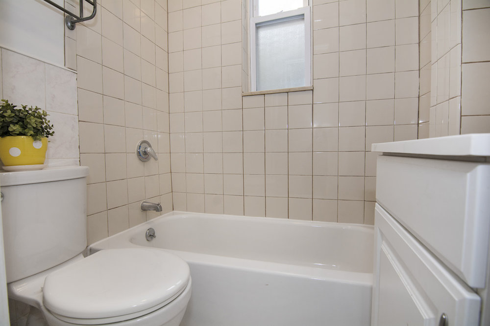 1286 Halsey Street Bathroom Photo.jpg