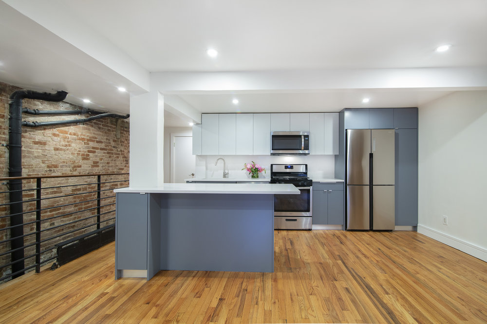 $3,800/month 2.0 BD | 1.0 BA | 1,115 SF  Fort Greene  345 Adelphi Street