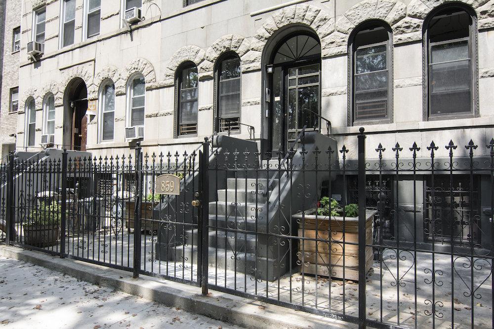 859 Halsey Street Entrance .jpg
