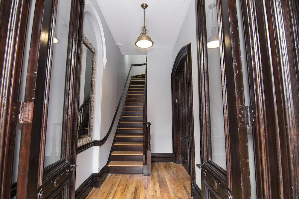 $3,800/month  2.0 BD | 2.0 BA | 780 SF  Fort Greene    171 Adelphi Street