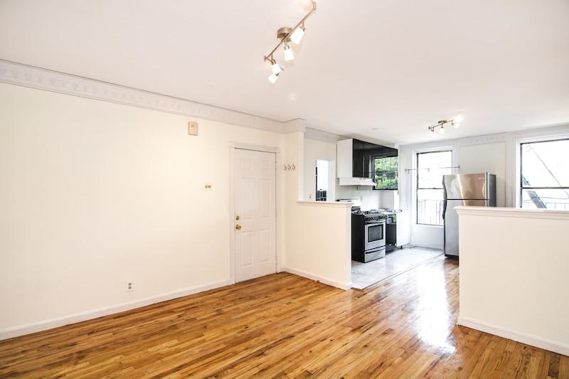 $3,200/month  2.0 BD   1.0 BA   650 SF  Fort Greene    217 Carlton Avenue