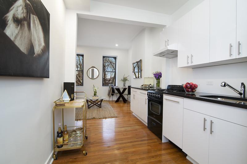 $2,600/month  2.0 BD | 1.0 BA | 630 SF  Bedford-Stuyvesant    859 Halsey Street