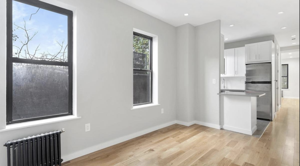 $2,100/month  1.0 BD | 1.0 BA  Stuyvesant Heights    482 Tompkins Avenue Apt. 3B