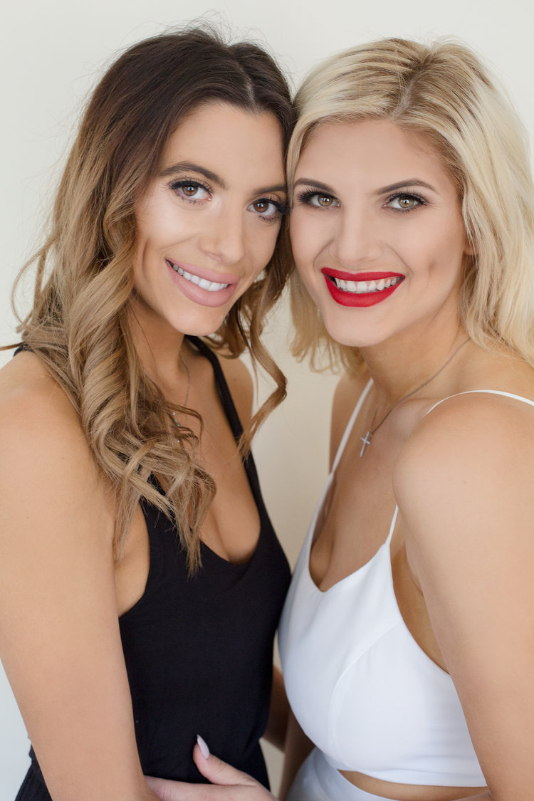 w+maria-and-nicole-sisters-by-victoria-elena.jpg
