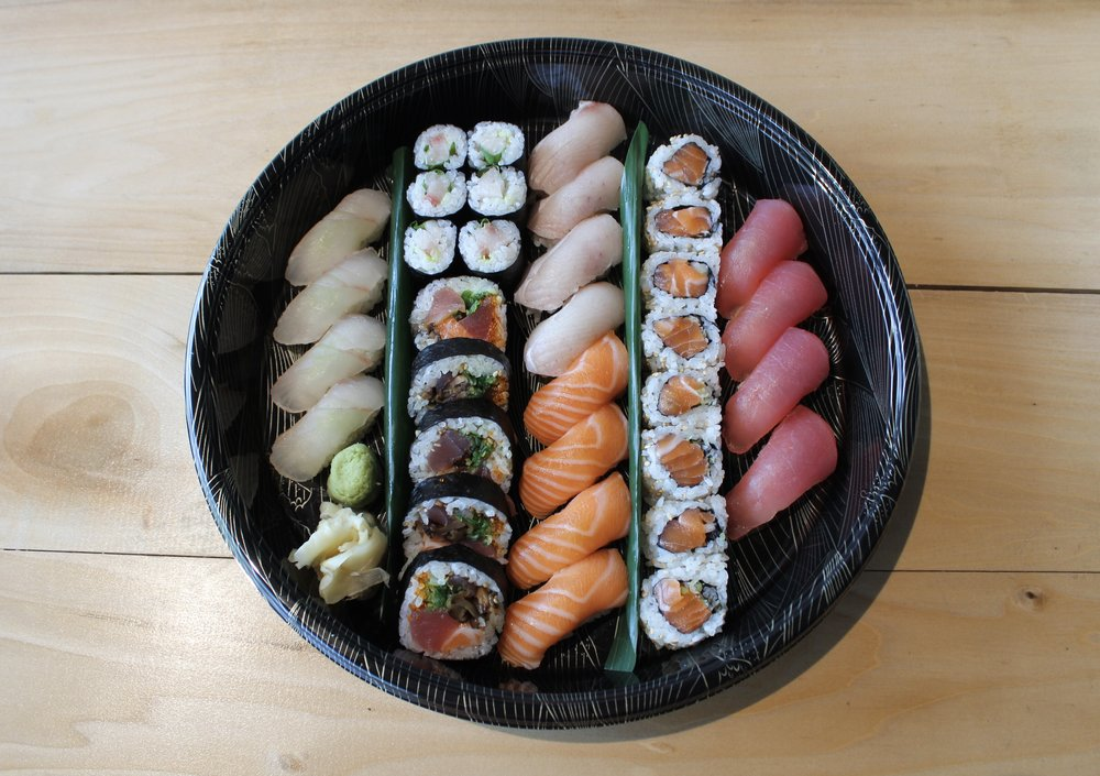 WE CATER! - You want Wabi Sabi food at your party?Sure, please complete the form below and submit it. Make sure you give us enough time to prepare for you. Yes, you are dealing with Japanese people. We don't do last minute things, but we plan well in advance for your perfect party!♡