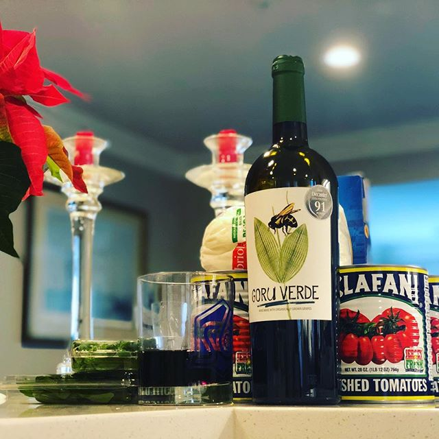 ‪We're celebrating #12daysofwine with a series of wines worthy of any holiday! Day 9 gives us #goruverde. A bold taste, more on the dark berry flavor but so smooth to be the perfect companion for holiday lasagna! ‬