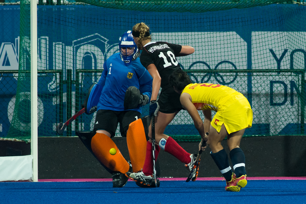 2014-YOG-fieldhockey-689-copy.jpg