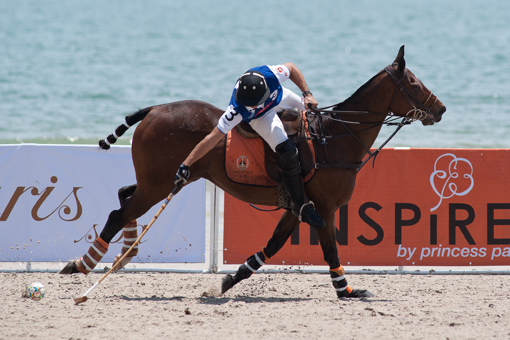 2012-hua-hin-beach-polo-94.jpg