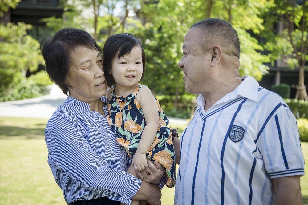 Dawei and Family 2
