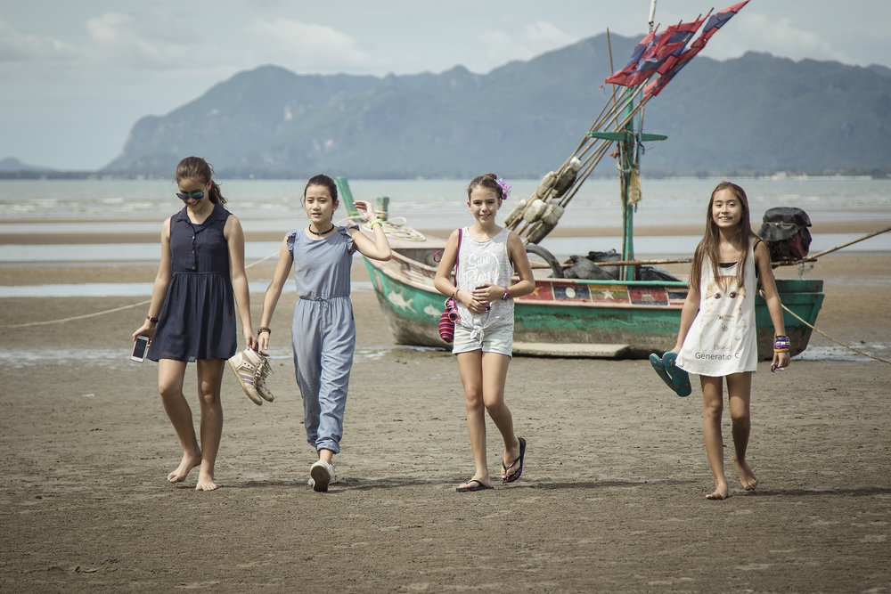 Day-Beach-Family-2.jpg