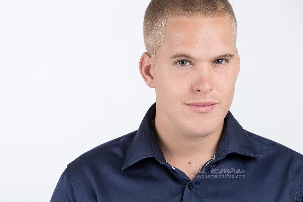 Sean-Portrait-Headshot-1.jpg