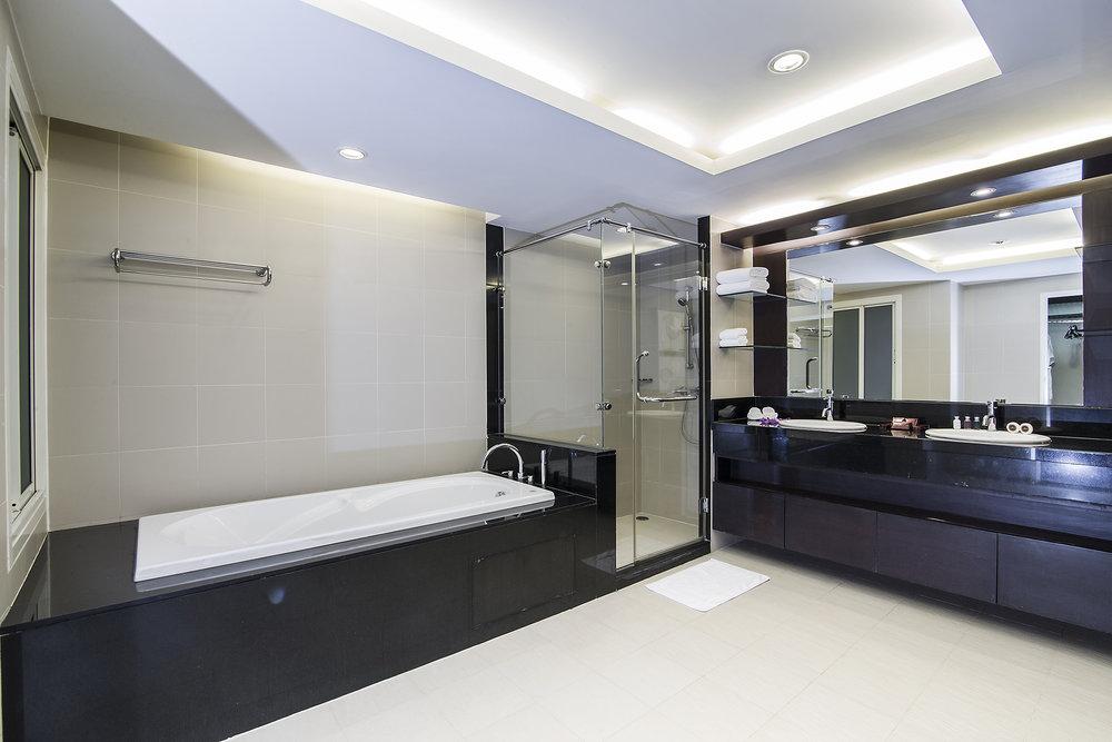 Narathiwas-Hotel-Real-Estate-12.jpg