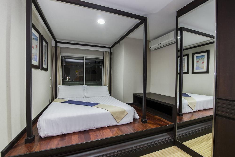Narathiwas-Hotel-Real-Estate-14.jpg
