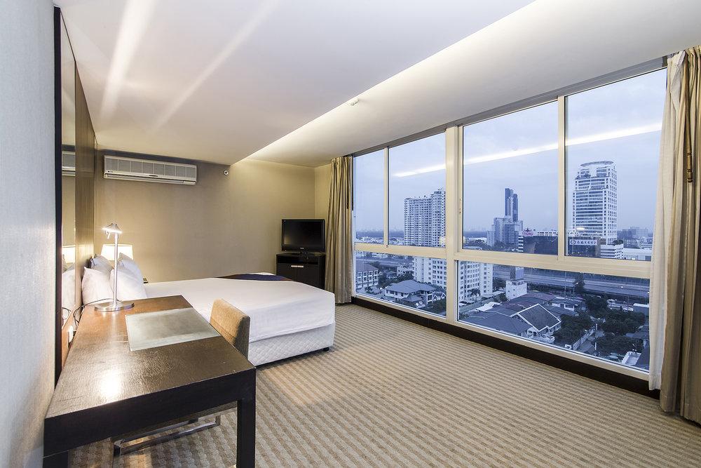 Narathiwas-Hotel-Real-Estate-13.jpg