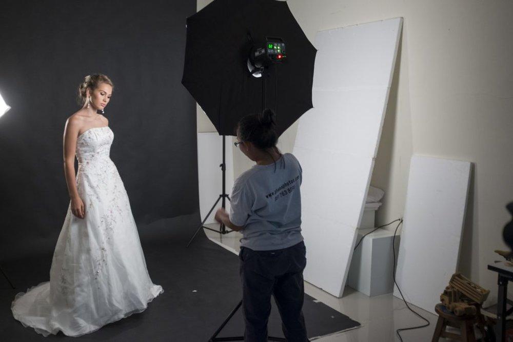 Behind-the-Scenes-Wedding3.jpg