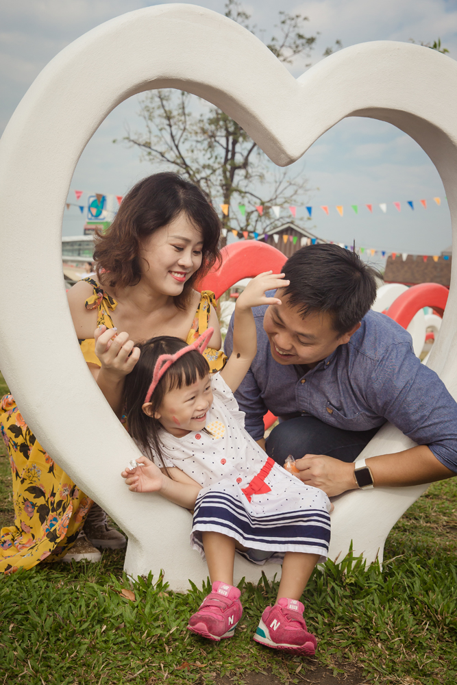 Family Photo Session at Swiss Sheep Farm