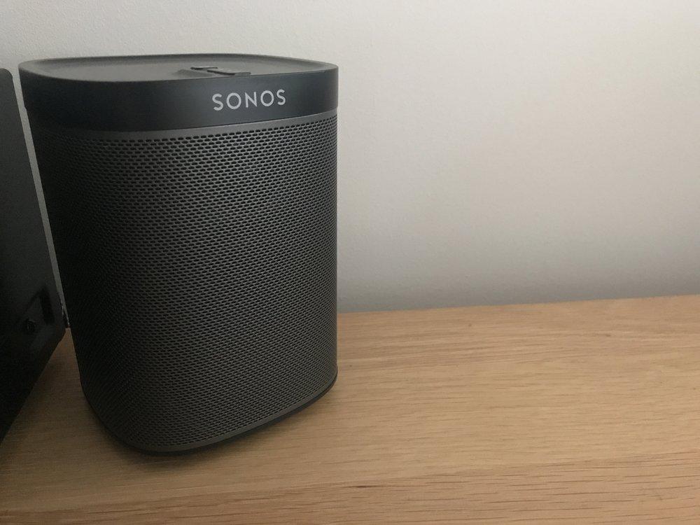 My Dad's Sonos Play:1